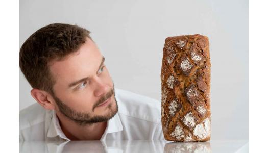 """Tom Rees, chef brutar Pain Plaisir: """"Primele cuvinte pe care le-am învățat în română sunt pâine la copaie"""""""